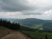 Der einstige Fußweg wird gerade zu einer Forststraße ausgebaut. Hier der Blick Richtung Westen, sprich Heimat ;-)