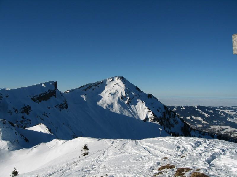 So ab zum nächsten Gipfel, zuvor noch eine neue Abfahrt für mich direkt zur Bühlenalpe.