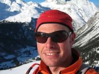 Eigentlich habe ich heute den Aufstieg zum Igl Compass durch das Val Zavretta geplant gehabt, jedoch war mir eine Querung wenig unterhalb der Alp Zavretta zu unangenehm, so ganz allein. So bin ich dann auf ca. 2300m zum Felsriegel oberhalb der Cruziranch aufgestiegen. Auch traumhaft schön!