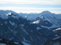 Blick nach Südwesten links vorbei am Zafernhorn zu den Drei Türmen (Drusenfluh) und weiter links die Sulzfluh.