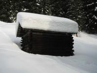 Enorme Schneemengen, v.a. wenn man bedenkt dass es in den zweiten Neuschnee anschließend geregnet hat!
