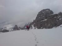 Sabine und Ich am Paternsattel 2454m bei doch noch erheblicher Schneelage!!