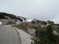 Nach 45min Auffahrt erreiche ich das verlassene Rif. Monte Piana A. Bosi.