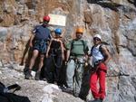 Volker, Robert, Anna und Ich beim Einstieg in den Klettersteig. (v.r.)