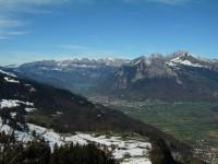 Blick nach Norden zu den Churfirsten und dem Alvier.