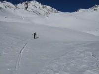 Der Aufstieg zum Fuß Pleres Spitze führt über flacheres Gelände.