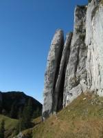 Kurz vor dem Blankensteinsattel imposante, interessante Steinformationen.