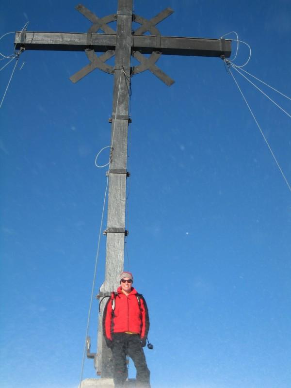 Nach 1800 Höhenmeter Aufstieg genieße ich ganz allein das sensationelle Panorama von der Sulzfluh 2818m.