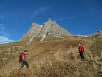 Heute geht's mit Rupert und Günther auf den Widderstein. Start bei prächtigem Altweibersommerwetter. Erinnerungen zur Ortlerbesteigung kommen hoch.