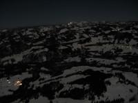Blick nach Osten hinab auf Sibratsgfäll, Balderschwangertal und die zwei auffallenden Lichter am Hochgrat.