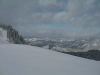 Bereits auf Höhe der Bühlenalpe. Der Schneefall hat bereits aufgehört und rasch lichten sich die Wolken.